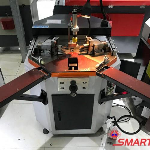 máy ghép góc kỹ thuật số 1