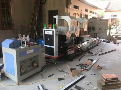 bàn giao dàn máy sản xuất cửa nhôm tại hưng yên anh thao
